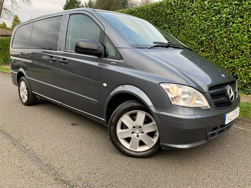 used Mercedes Vito 113 CDI TRAVELINER in surrey