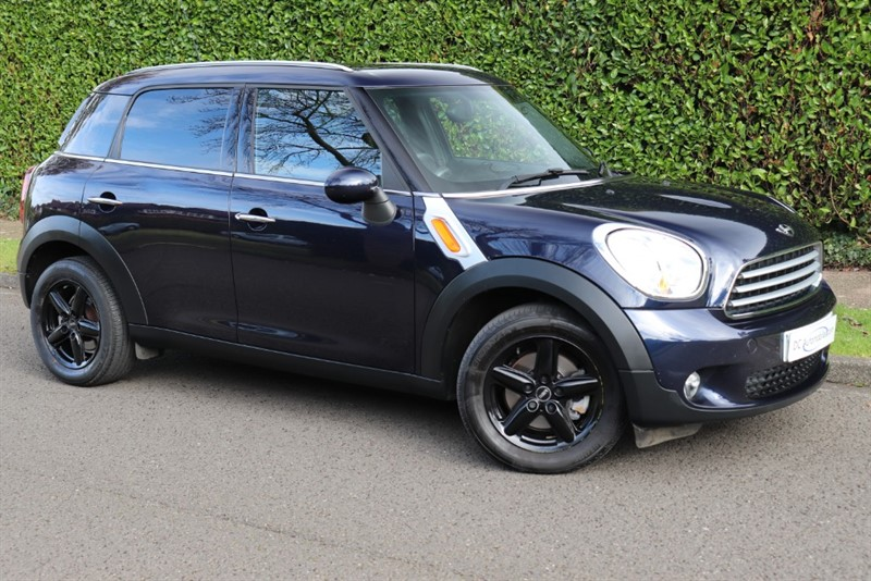 used MINI Cooper COOPER D in surrey
