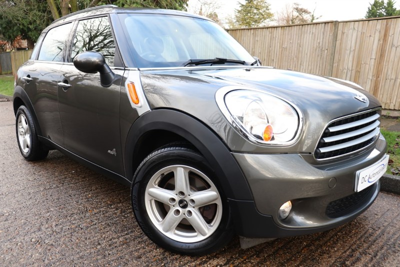 used MINI Countryman COOPER D ALL4 in surrey
