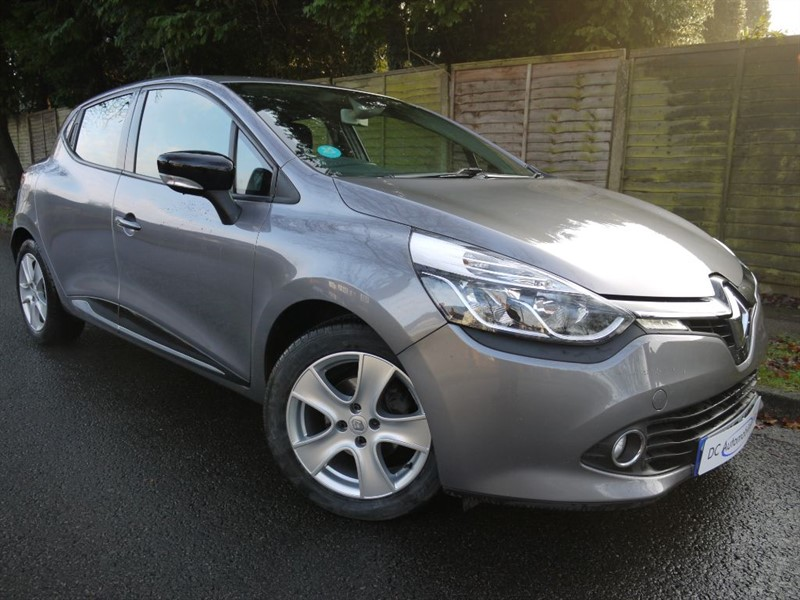 used Renault Clio DYNAMIQUE MEDIANAV ENERGY TCE S/S in surrey