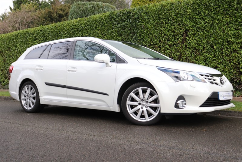 used Toyota Avensis D-CAT EXCEL in surrey