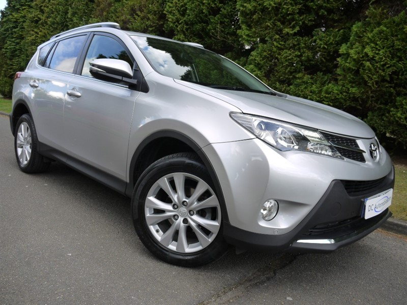 used Toyota RAV4 D-4D INVINCIBLE AWD in surrey