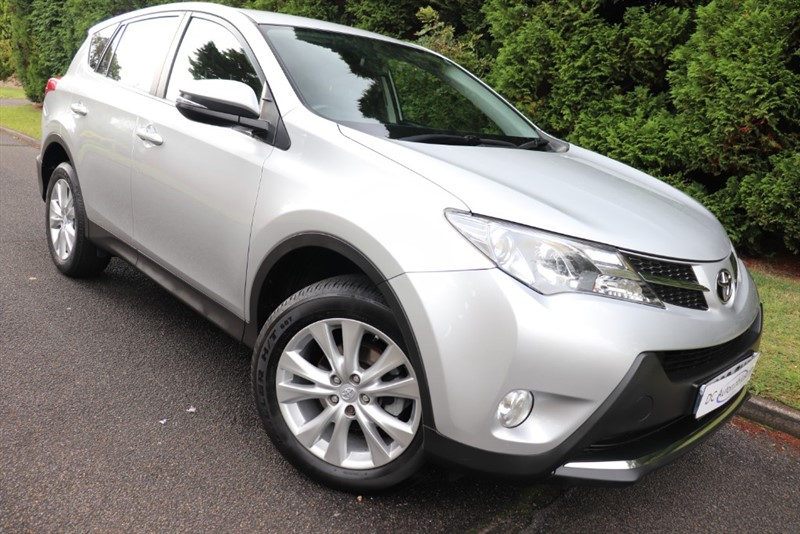 used Toyota RAV4 D-4D ICON AWD in surrey