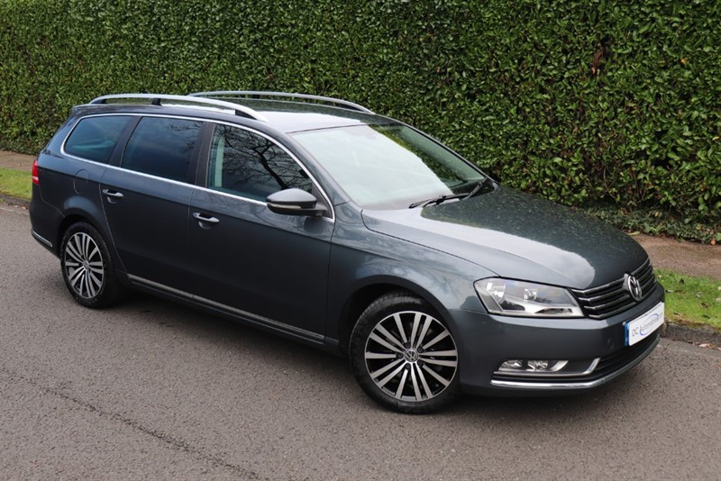 used VW Passat SPORT TDI BLUEMOTION TECHNOLOGY in surrey
