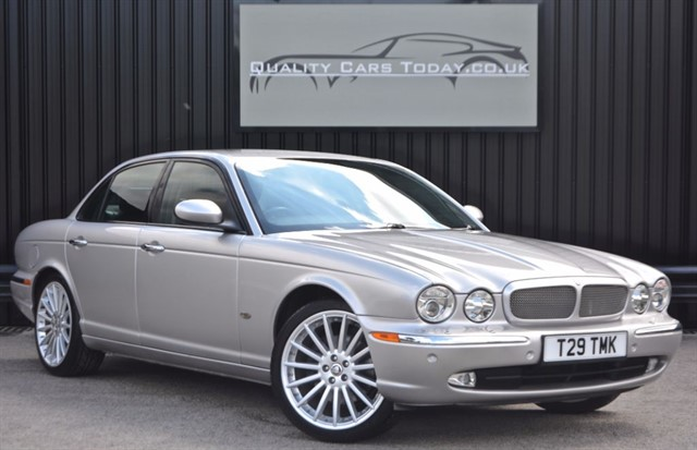 used Jaguar XJ 2.7 TDVI SPORT PREMIUM Diesel *1 Owner  +Exceptional Condition* in sheffield