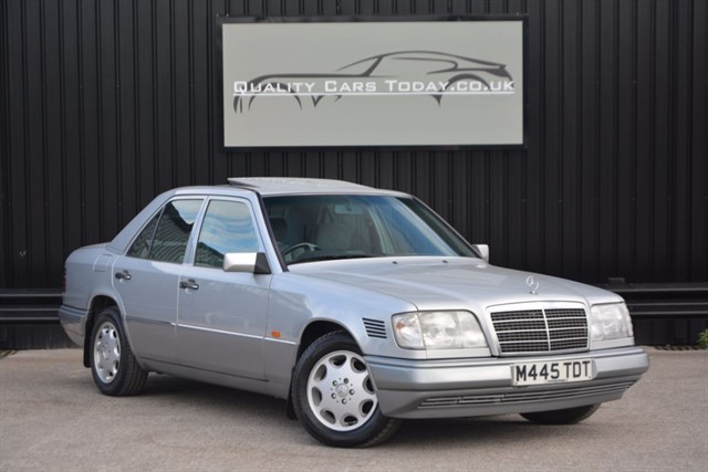 used Mercedes E300 W124 300D Diesel *1 Lady Owner + Genuine 57k Miles*  in sheffield