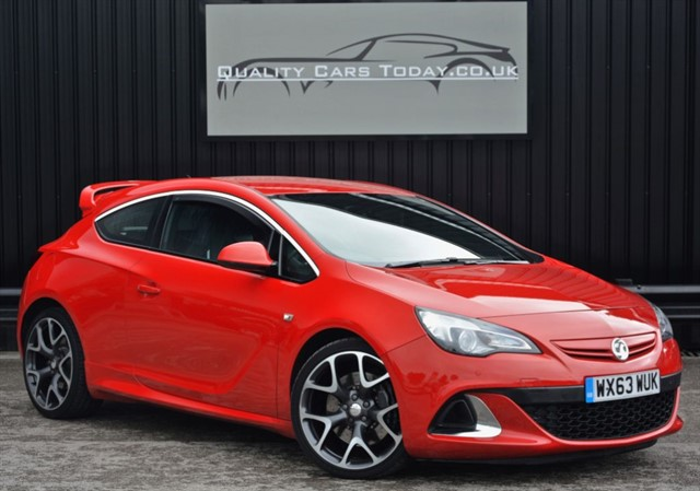 used Vauxhall Astra GTC VXR *Aero Pack + Nav + 20s + Full History*  in sheffield