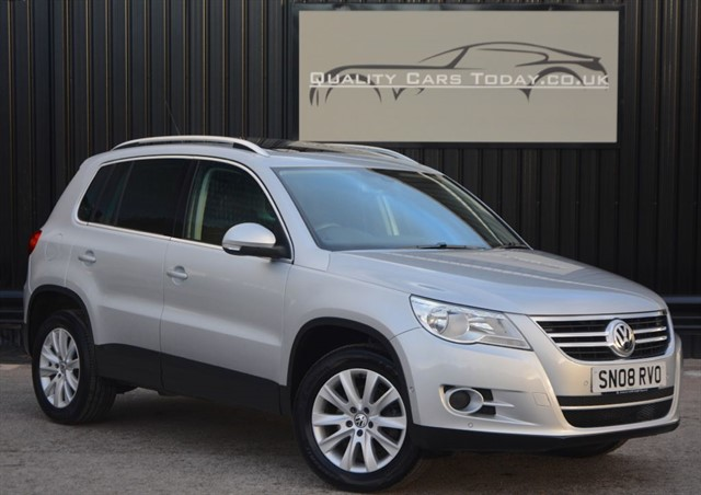used VW Tiguan 2.0 TDI SE 4Motion Automatic + Panoramic Glass Roof in sheffield