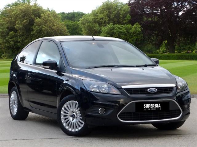 used Ford Focus TITANIUM TDCI in romford-essex