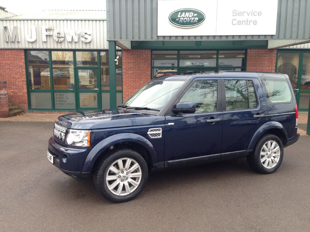 used land rover discovery 4 sdv6 xs for sale in gloucestershire. Black Bedroom Furniture Sets. Home Design Ideas
