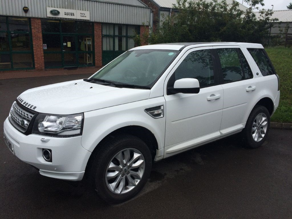 used land rover freelander sd4 hse for sale in gloucestershire. Black Bedroom Furniture Sets. Home Design Ideas