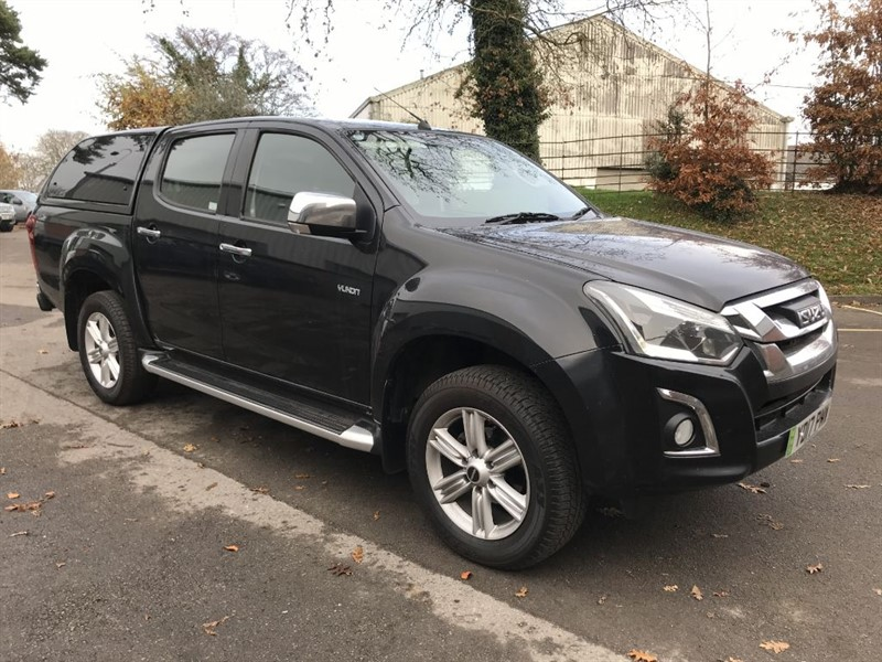 used Isuzu D-Max YUKON DCB in gloucestershire