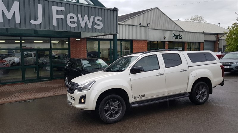 used Isuzu D-Max BLADE DCB in gloucestershire