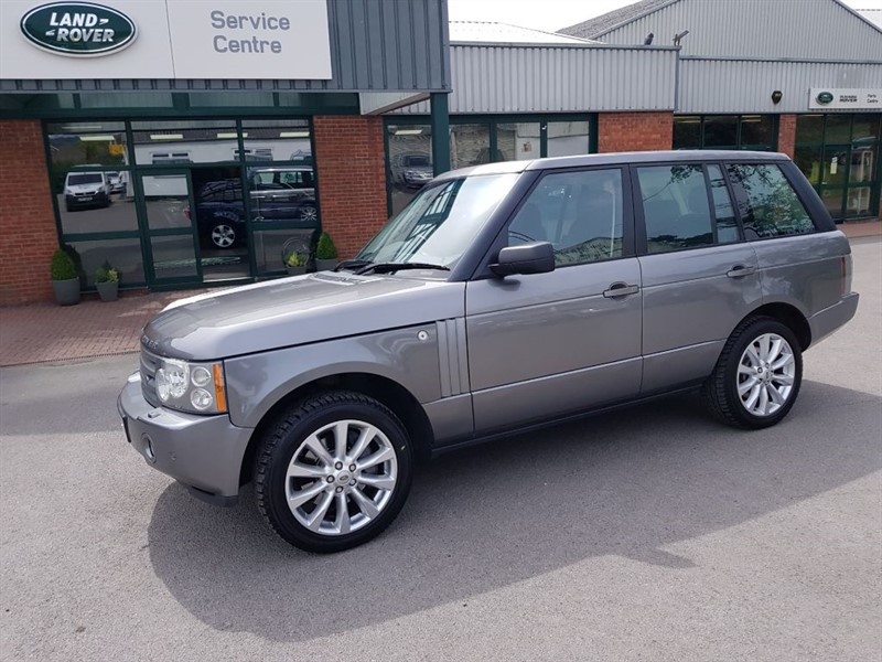 used Land Rover Range Rover TDV8 VOGUE SE in gloucestershire
