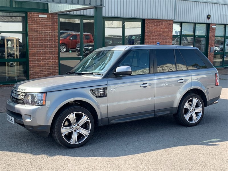used Land Rover Range Rover Sport SDV6 HSE BLACK EDITION in gloucestershire