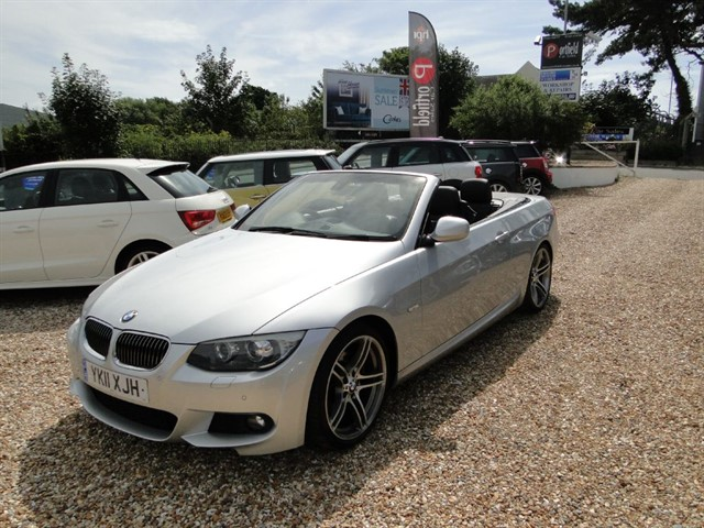 used BMW 330d 3.0 MSport Convertible 2dr Auto Tip in dorset