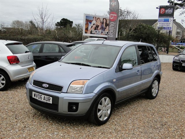 used Ford Fusion 1.6 Fusion Plus 5dr Automatic in dorset