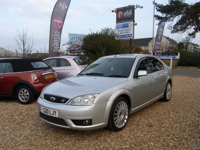 used Ford Mondeo 3.0 V6 ST220 5dr Manual 6 Speed in dorset