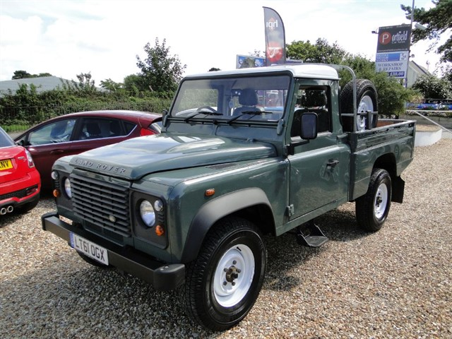 used Land Rover Defender 2.4 110 TDi High Capacity Pick Up 6 Speed in dorset