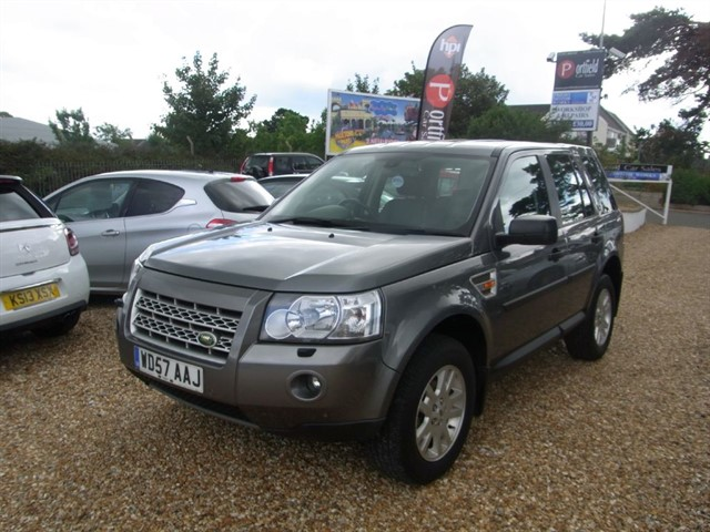 used Land Rover Freelander 2.2 Td4 XS 4x4 5dr Manual 6 Speed in dorset