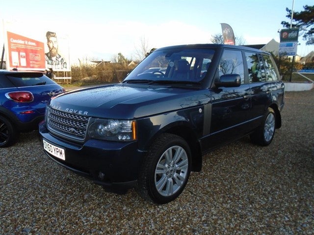 used Land Rover Range Rover 3.6 TDV8 Vogue SE 4x4 5dr Automatic in dorset
