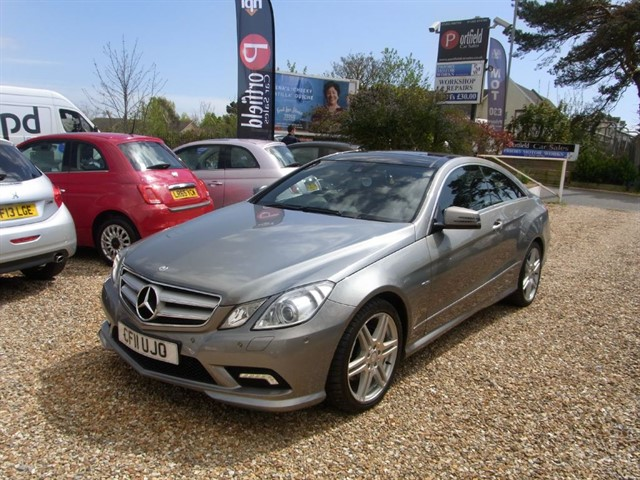used Mercedes E350 3.0 CDi BlueEFFICIENCY SPORT Coupe 2dr Auto Tip in dorset
