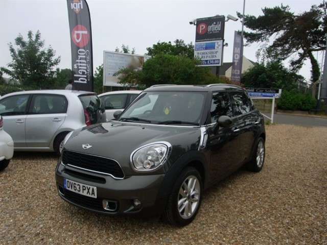 used MINI Countryman 1.6 Cooper S Chili 5dr Manual 6 Speed in dorset