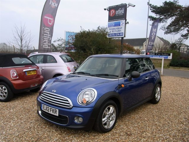 used MINI Hatch 1.6 D One Start/Stop 3dr Manual 6 Speed in dorset