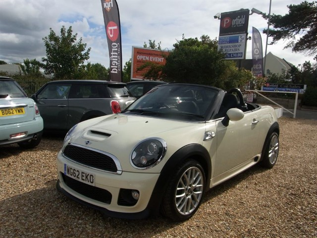 used MINI Roadster 1.6 Cooper S JCW Style Pack 2dr Manual 6 Speed in dorset