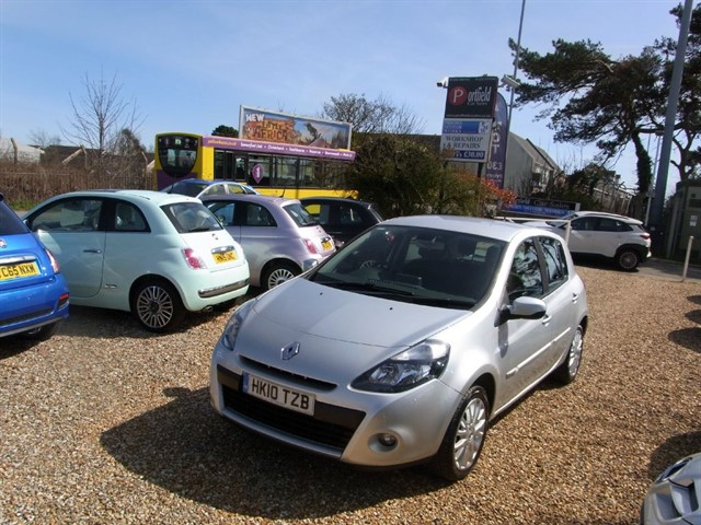 used Renault Clio 1.2 T Dynamique TomTom 5dr Manual in dorset