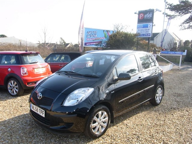 used Toyota Yaris 1.4 D-4D TR 5dr Manual in dorset