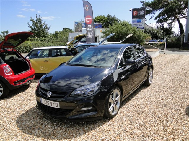 used Vauxhall Astra 1.6 Limited Edition 5dr Manual in dorset