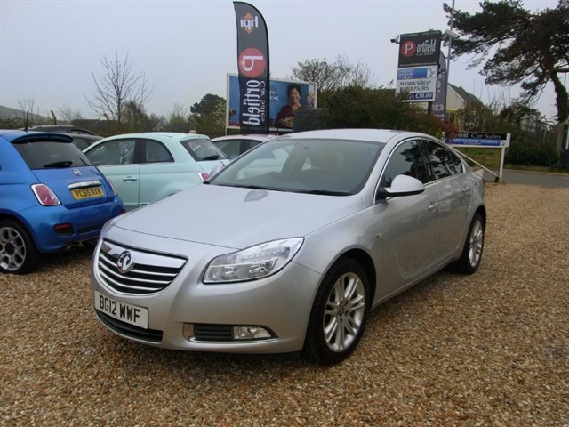 used Vauxhall Insignia 1.8 VVTi EXCLUSIV 5dr Manual 6 Speed in dorset