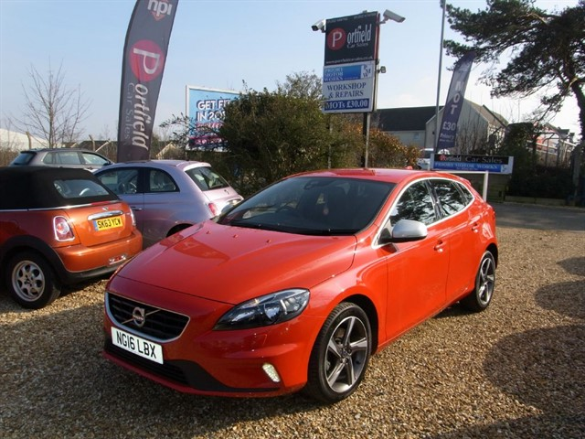 used Volvo V40 2.0 TD D2 R-Design S/S 5dr Manual in dorset