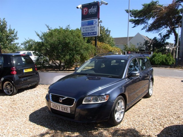 used Volvo V50 2.0 D SE Estate Manual 6 Speed in dorset