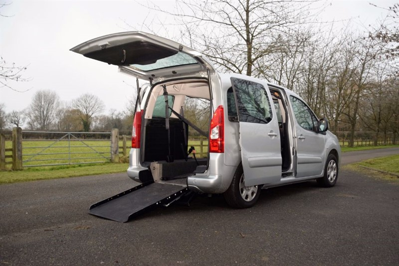 used Peugeot Partner Tepee S HDI in in-oxfordshire