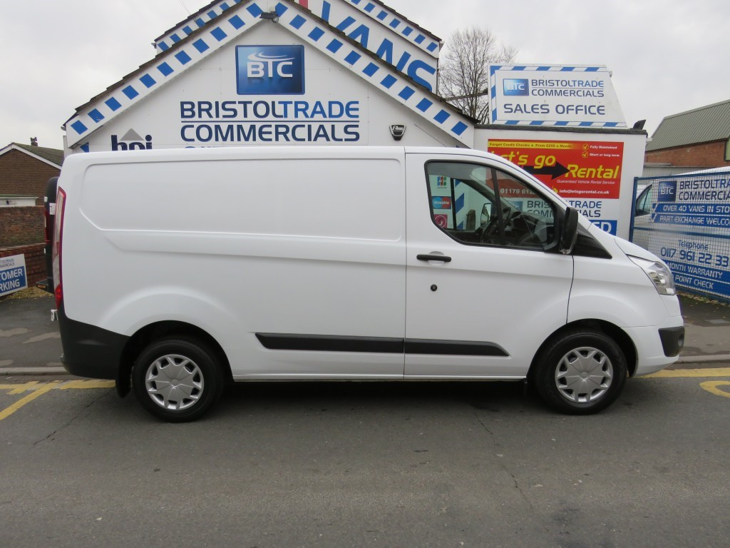 used frozen white ford transit custom for sale bristol. Black Bedroom Furniture Sets. Home Design Ideas