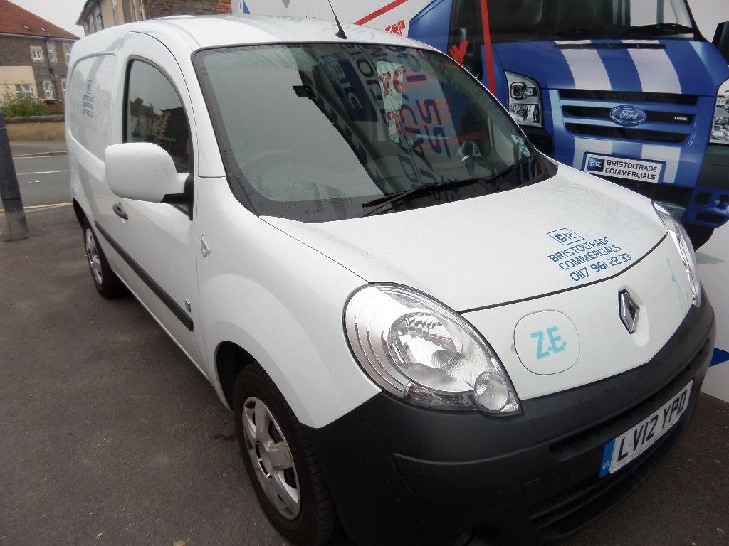 usedrenault kangoo ml20 ze for sale in essex. Black Bedroom Furniture Sets. Home Design Ideas