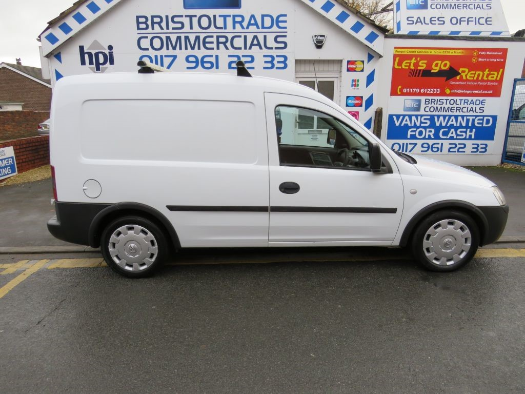 used white vauxhall combo for sale bristol. Black Bedroom Furniture Sets. Home Design Ideas