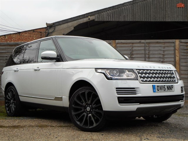 "used Land Rover Range Rover SDV8 VOGUE SE PAN Roof, 22"" Alloys"