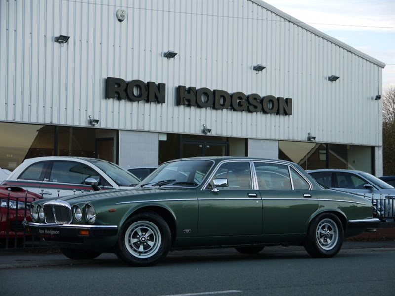 used Daimler Sovereign 4.2 in lancashire