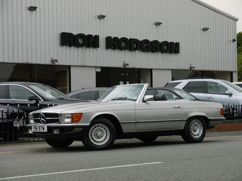 used Mercedes 450SL 450 SL 107 Series in lancashire