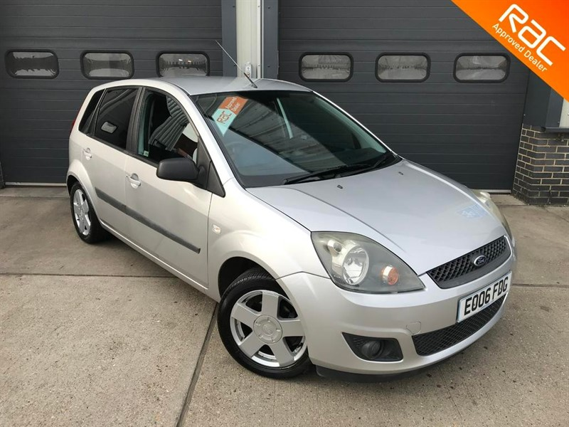 used Ford Fiesta ZETEC CLIMATE 16V in burnham-on-crouch