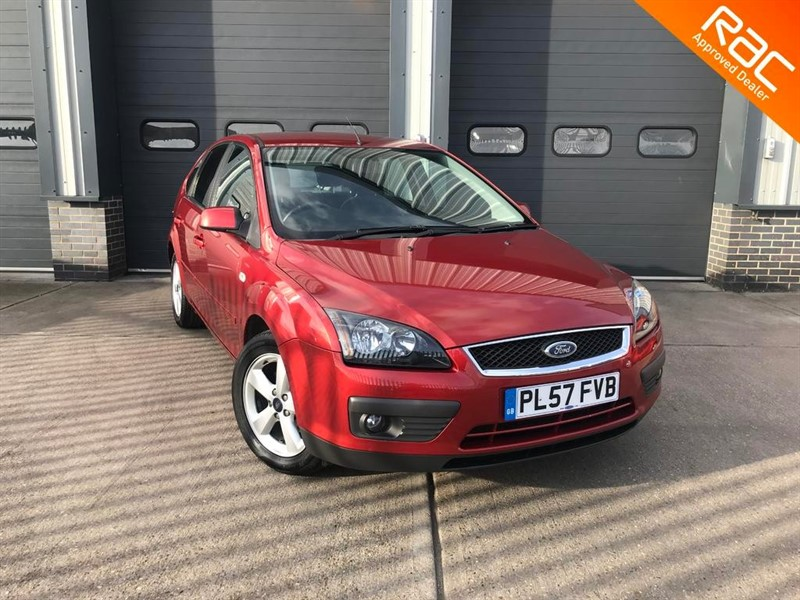 used Ford Focus ZETEC CLIMATE in burnham-on-crouch