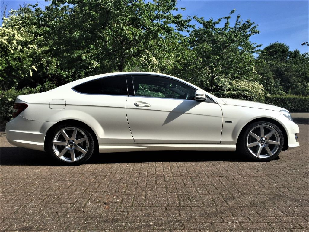 used white mercedes c220 for sale middlesex. Black Bedroom Furniture Sets. Home Design Ideas