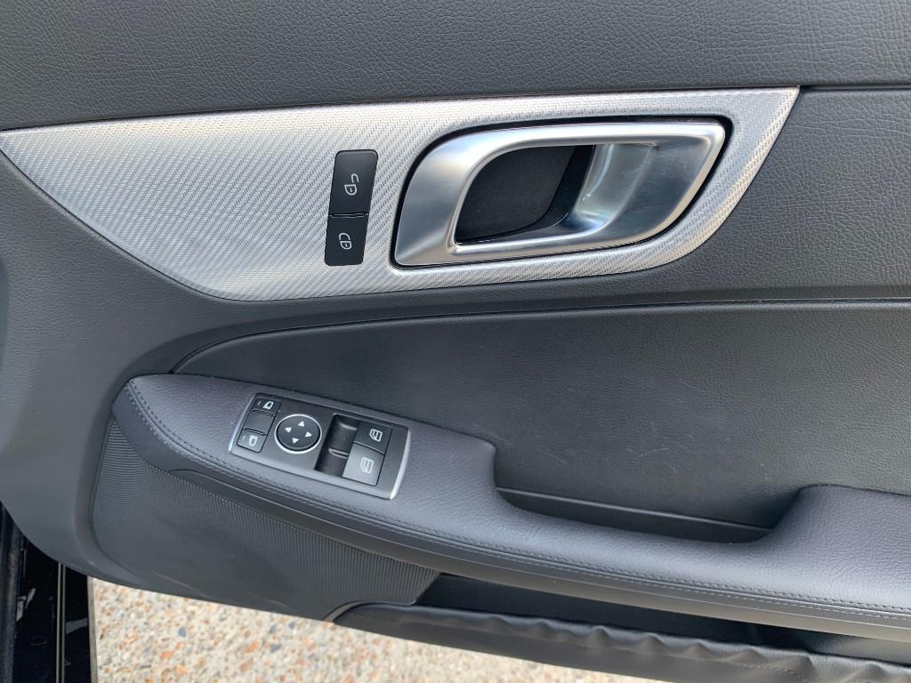 Mercedes SLC200