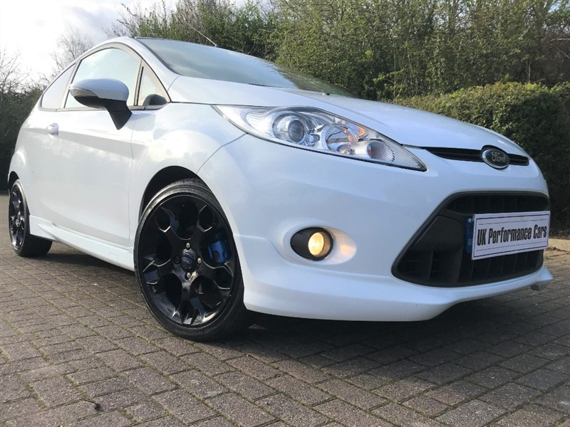 used Ford Fiesta ZETEC S ** INDIVIDUAL ** RARE ** BIG SPEC !! ** in hayes-middlesex