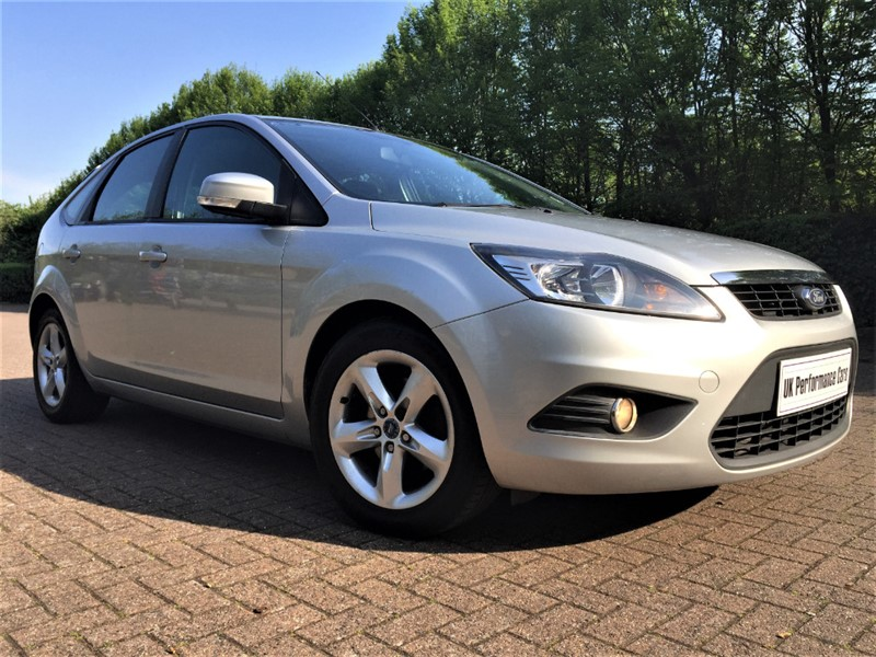 used Ford Focus 1.6 ZETEC ** GREAT CAR THROUGHOUT ** 12 MONTHS MOT ** SERVICED ** in hayes-middlesex