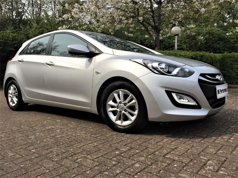 used Hyundai i30 1.4 ACTIVE ** £140 TAX ** SUPERB DEALER HISTORY ** in hayes-middlesex