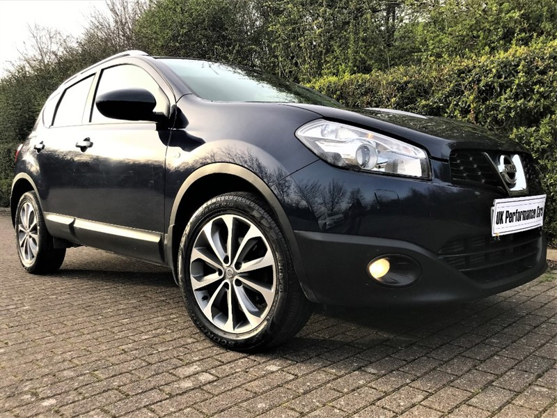used Nissan Qashqai 2.0 DCI TEKNA 4x4 ** 1 0WNER ** PAN ROOF ** SAT-NAV ** BIG SPEC !! in hayes-middlesex